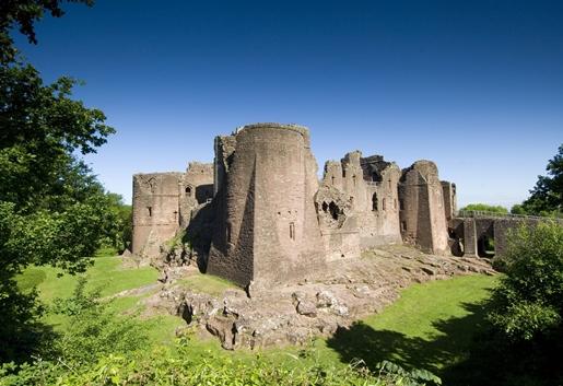 Goodrich-Castle-1